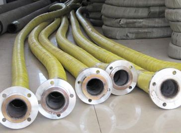 Dock oil hose