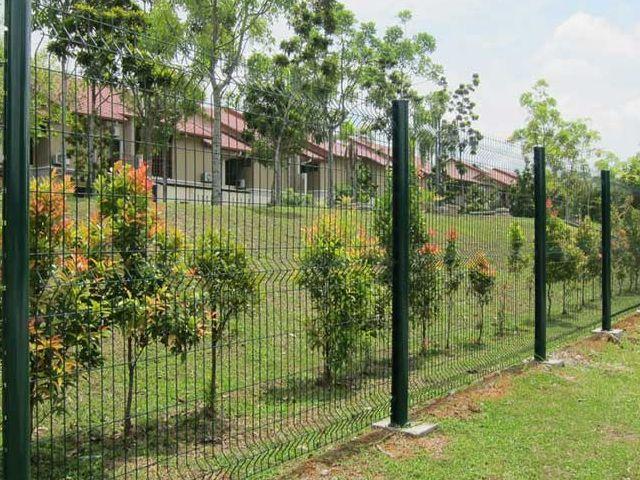V Post Fence