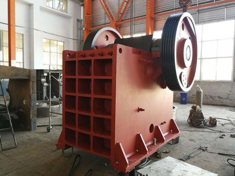 Jaw crusher 750*1060 weld machinery