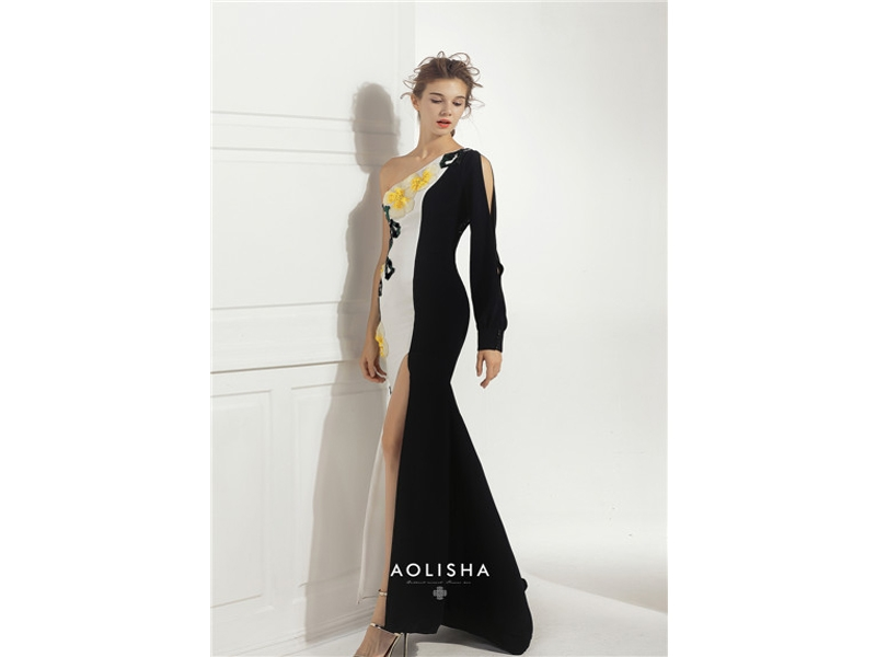 Single Shoulder Long Sleeve with Embroidery Side Slit Evening Dress