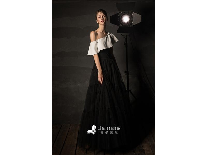 Oblique Neckline Satin Sheath Bodice A-Line Evening Dresses