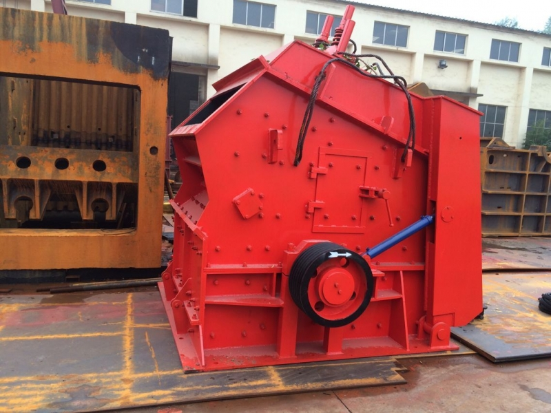 Impact crusher 1214 High efficiency crushing equipment