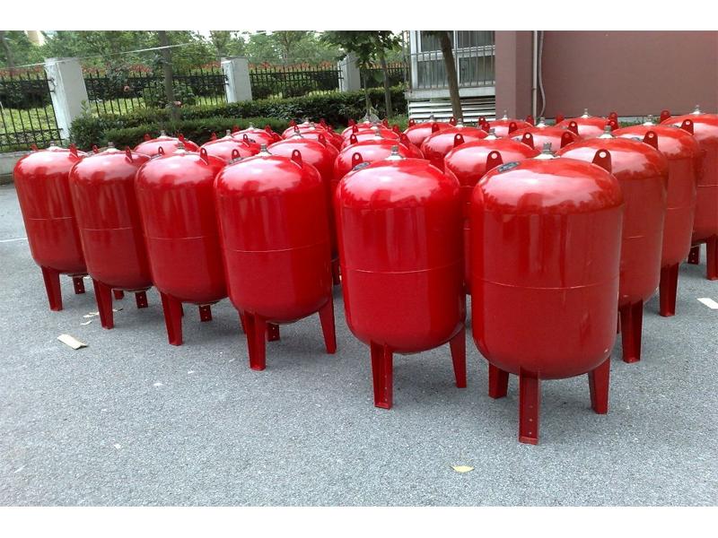 Pressure tank/Anti-belier