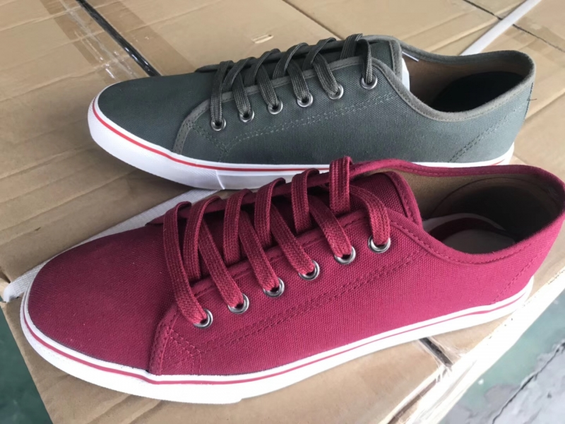 China cheap shoes Men injection shoes casual shoes fashion wholesale shoes CD01