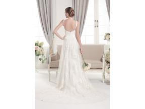 Sweetheart neckline with two lace straps A-line lace wedding dress with court train Lace and tulle
