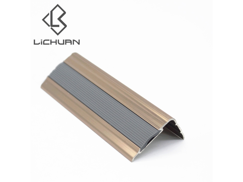 Easy and Fast Installation Rubber Non Slip Aluminum Cheap Stair Nosing