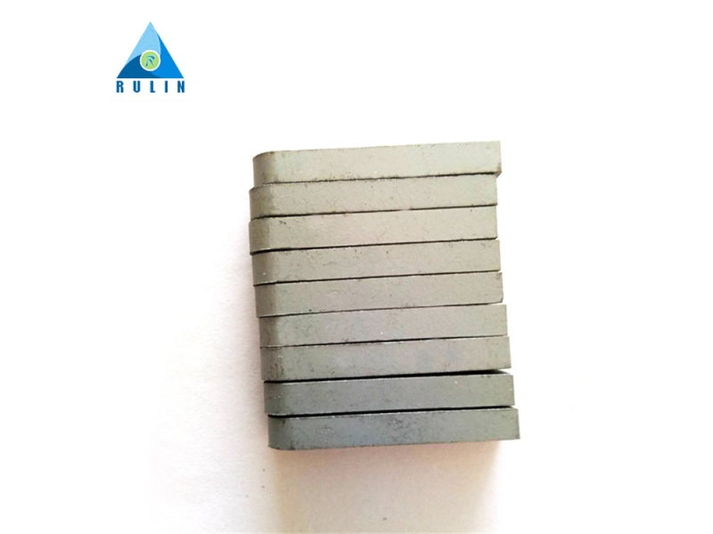 Tungsten cobalt carbide short strips for cutting F230