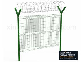 3D Panel Fence with Y Post Barb Razor on Top