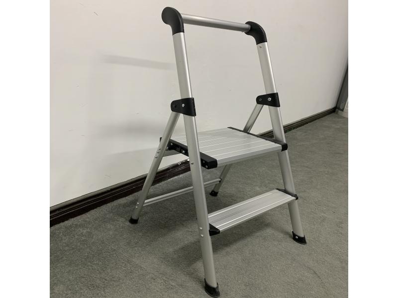 aluminum steps  stools