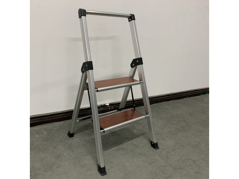 aluminum /wooden step stool