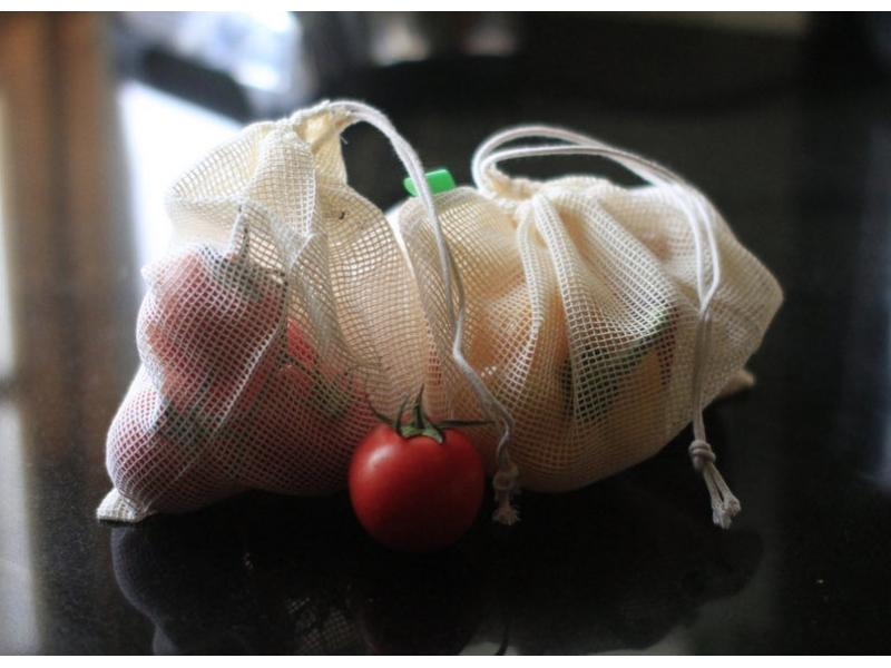 Reusable cotton mesh produce bag set, for shopping or home storage of fruit and veg