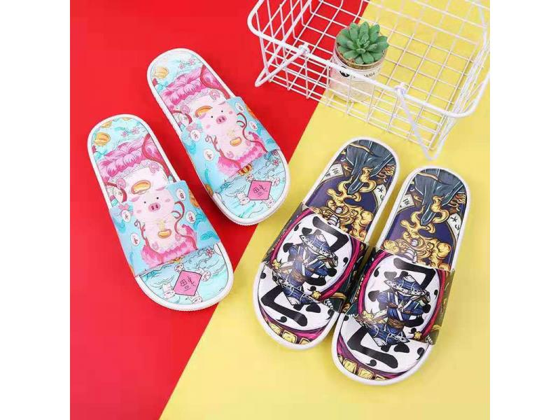 Fashion and New Design Print Slipper Indoor Shoes for Guys Classic Slipper