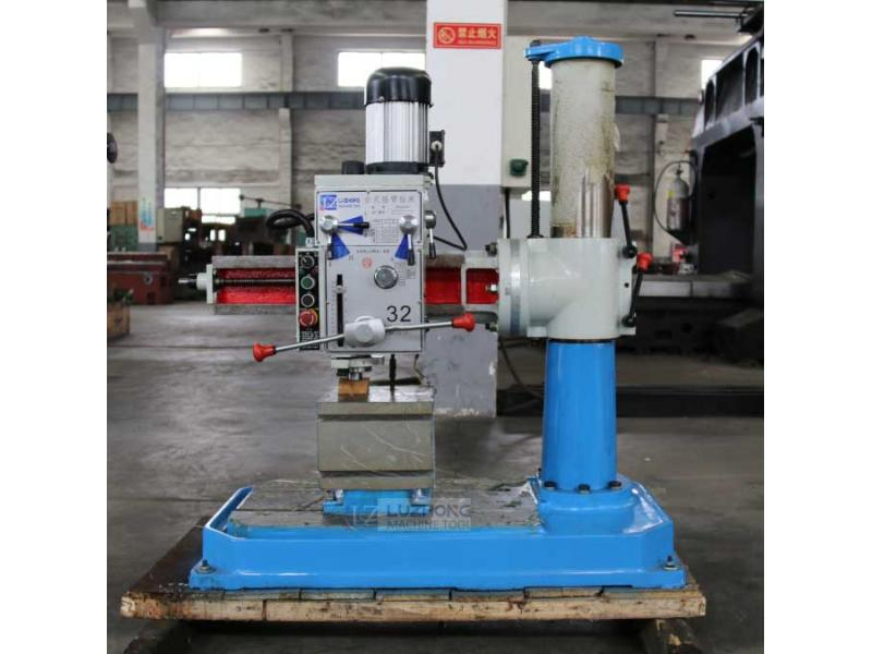 Deep hole drilling machine  Z3032X7 Borehole drilling machine price