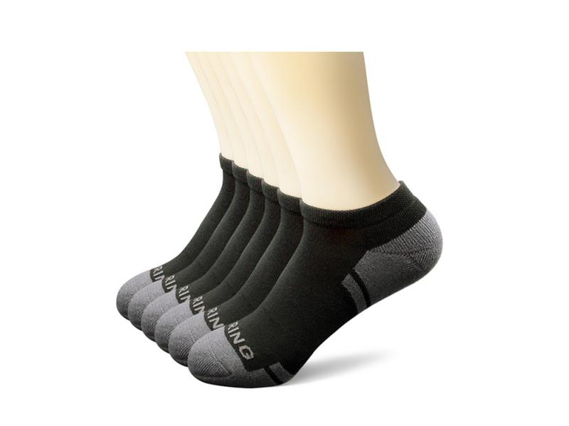 Custom made thick men white and black running sports socks
