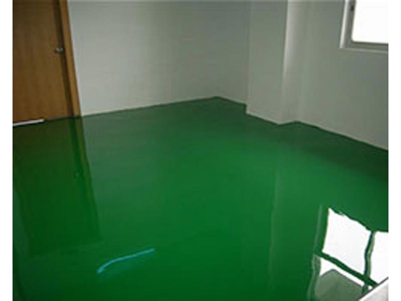 Epoxy self-leveling floor