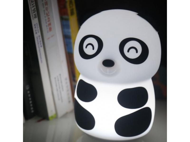 Factory 2019 hot selling silicone portable night light soft and safe for kids