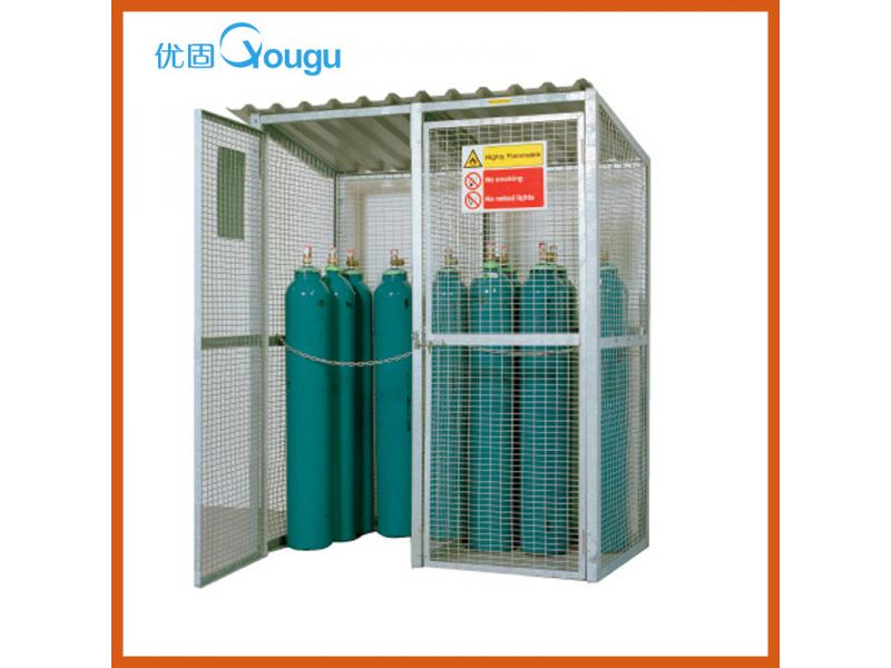 Oxygen cylinder gas cage