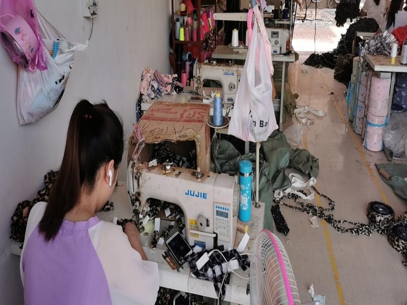 Yiwu Hongzhen Jewelry Processing Plant
