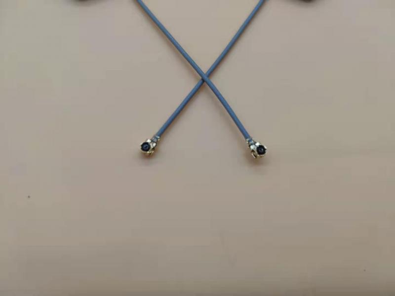 GPS  internal antenna(25mm*25mm*6.7mm) High gain built-in antenna