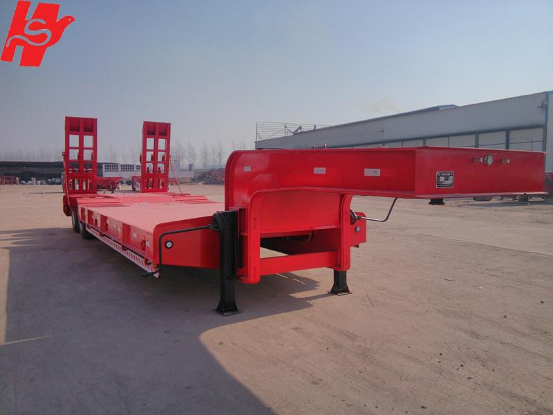 3/4 axles low bed semi trailer lowboy truck trailer for sale