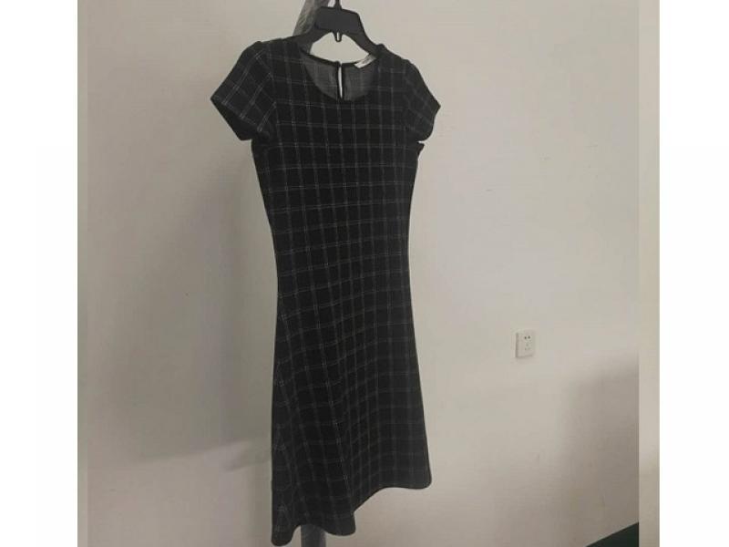 Grey dress dress with 100% viscose knit farbic