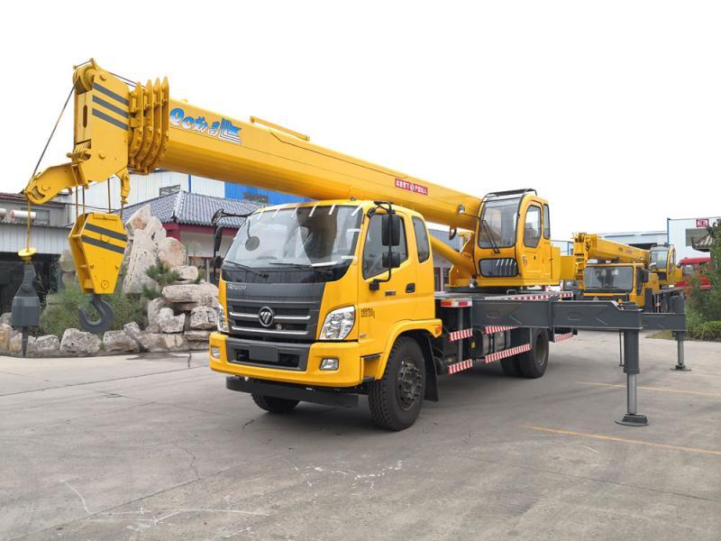 The new foton 16 ton truck crane