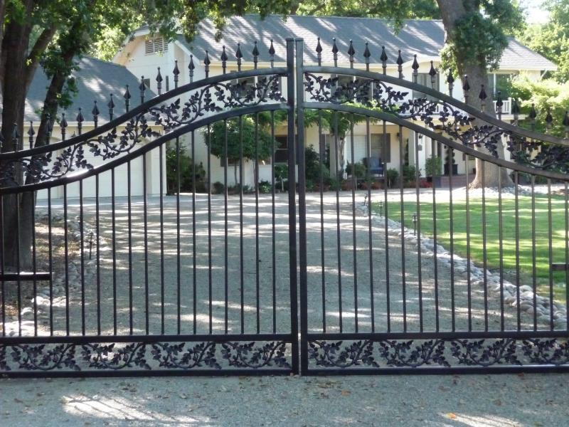 Modern Wrought iron main gate design