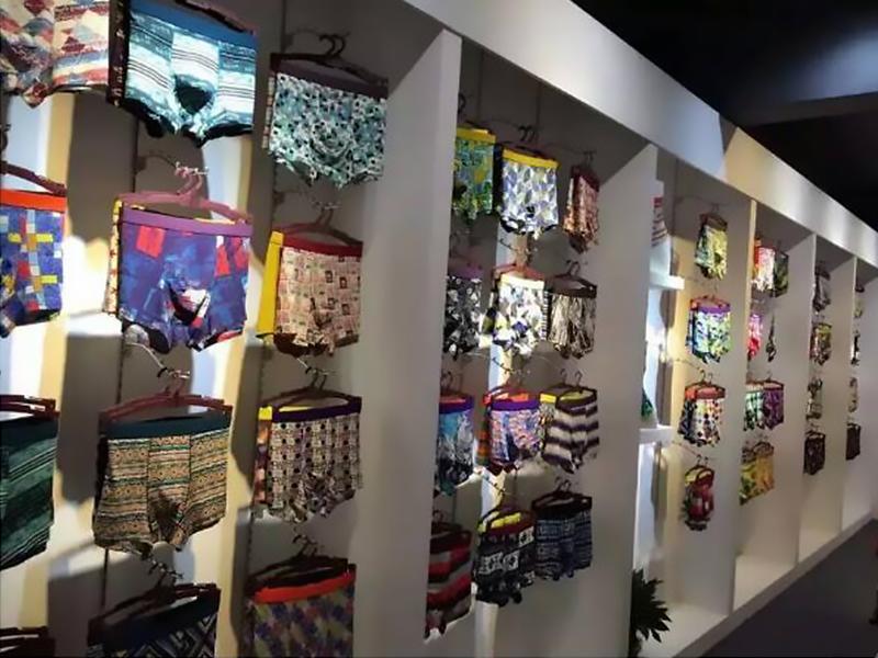 Zhongshan Xiaolan Town Tuotini Garment Co., Ltd