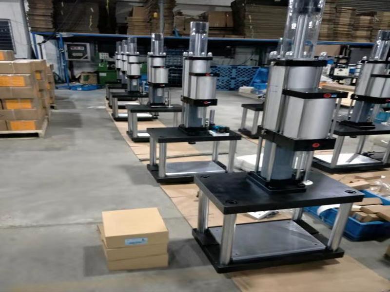 Kuangxin Machinery (kunshan) Co., Ltd