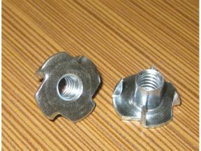 Four claw nut