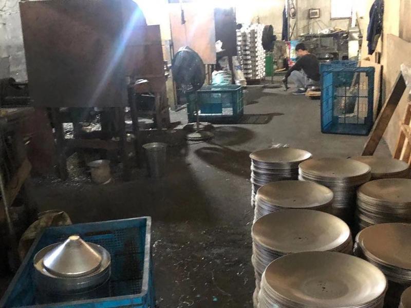 Cixi Zhouxiang Shuangli Lighting Accessories Factory