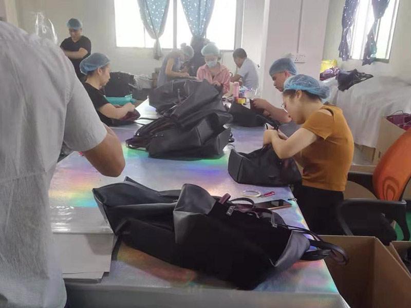 Dongguan Jixin Luggage Co., Ltd