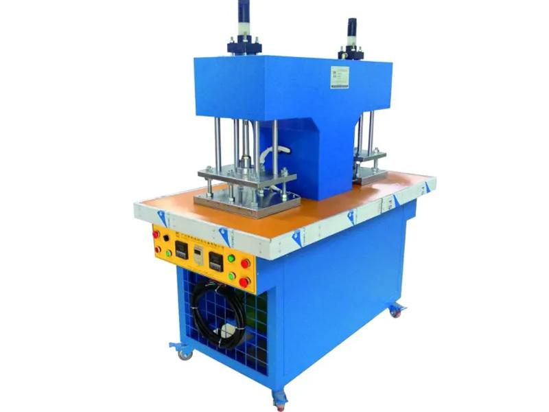Ky-0202 PVC PVC Machine Silicone Product Making Machine Automatic Dropping Machine Silicone Label Ma