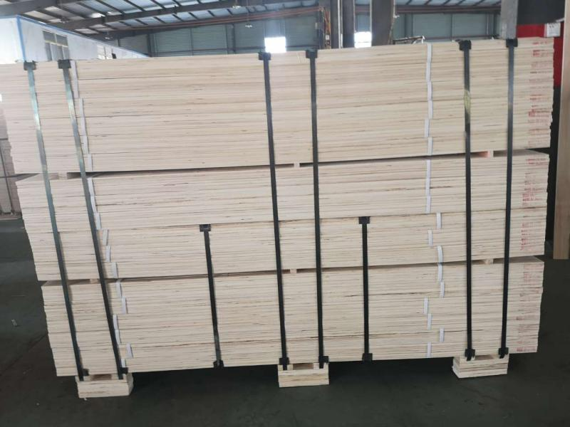 laminated Veneer Lumber Lvl for Door Core and Bed Slats Window Door Frame