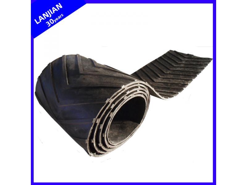 U/V Shape Pattern Rubber Conveyor Belt Nn/Ep Chevron Belting