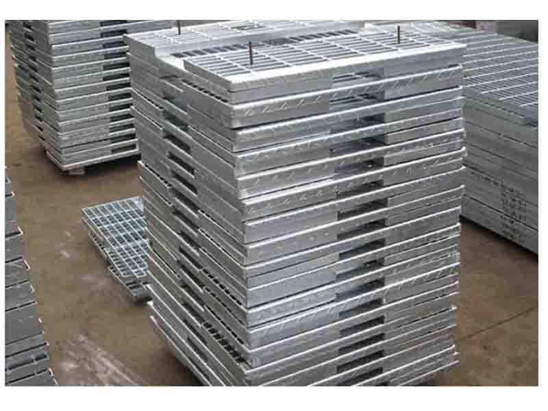 Multiple Types of Galvanized Stair Tread /Factory Good Price