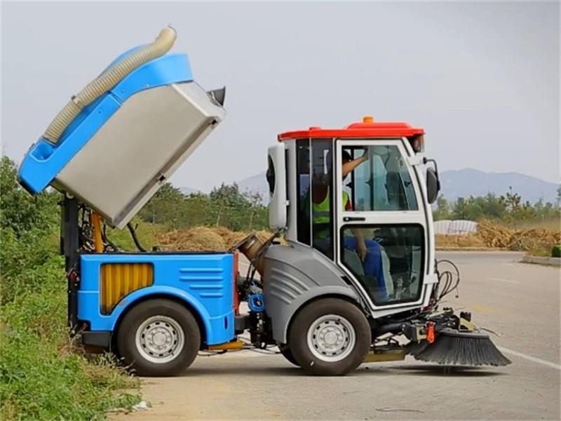 China Made Haide CHD5031TSL Multi-functional Road Sweeper ( Diesel Engine )