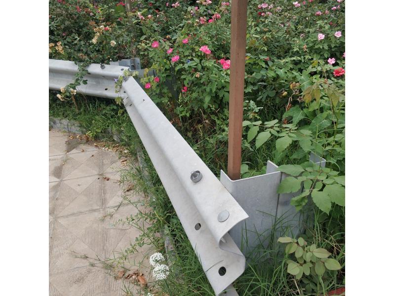 MASH AASHTO M180 TL2 Galvanized Highway Guardrail Traffic Road Crash Barrier Beams