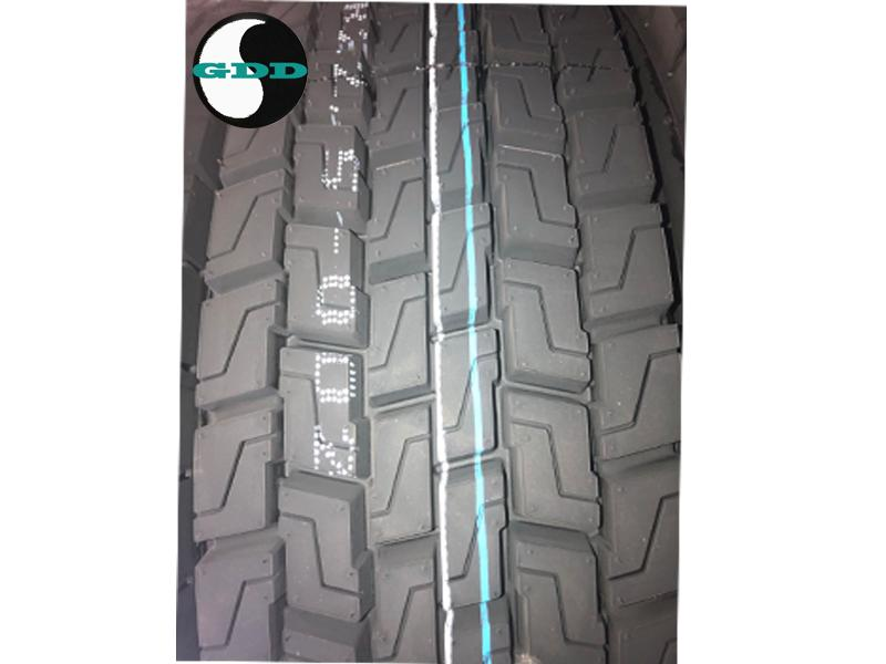 Hot Selling Low Price Doupro TBR ST969 ST957 12R22.5 13R22.5 Heavy Duty Truck Tyre and Bus Tires for