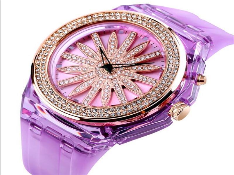 Skmei 1536 Latest Watch Design for Ladies 5atm Water Resistant Custom Logo Quartz Watches