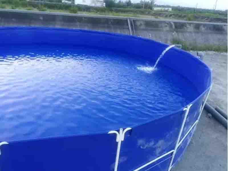 Large Capacity Water Storage Water Bladder Tank for Animal Drinking