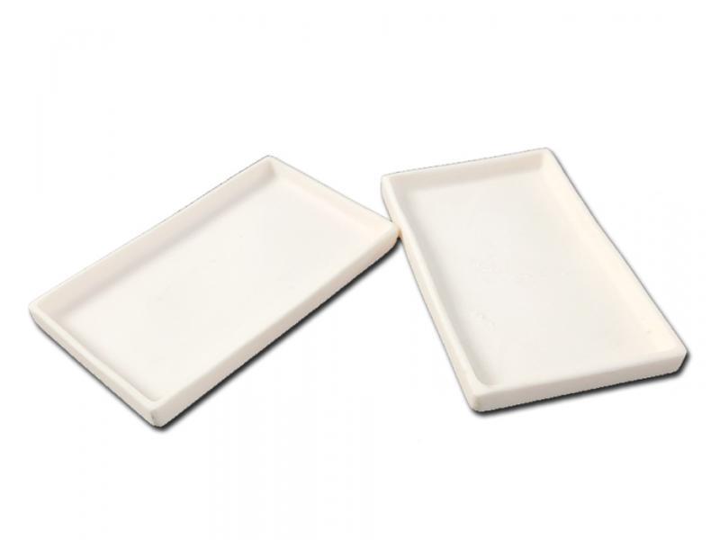 Customized 99.7% Alumina Ceramic Trays/Plate