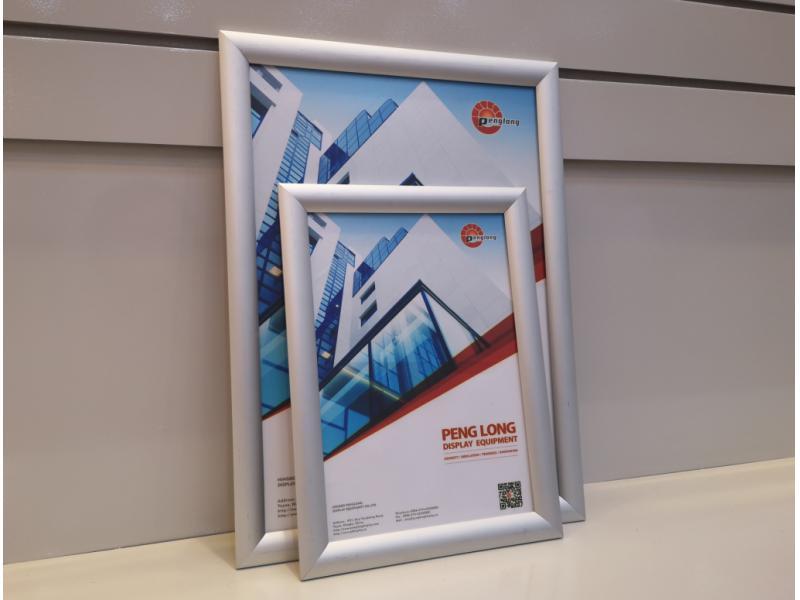 Standard 25mm Aluminum Snap Frame Mitred Corner Poster Frame A4 Size Manufacturer