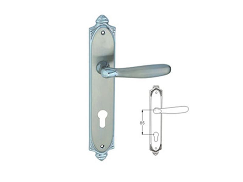 UK3849H014J Door Handles