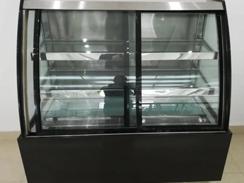 European Style Commercial Cake Display Fridge